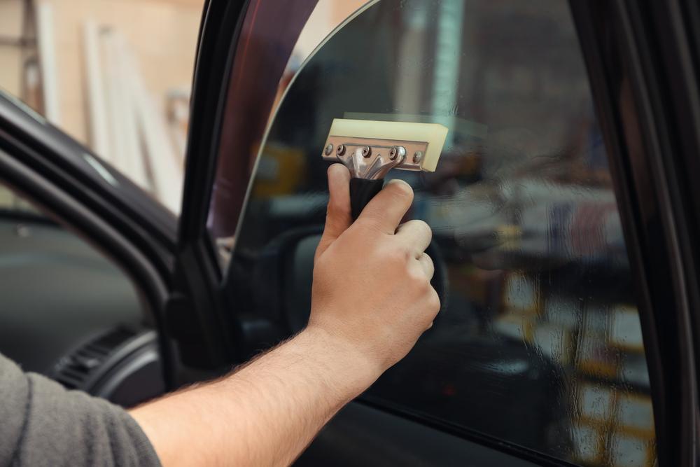 car window tint burglary deterrence